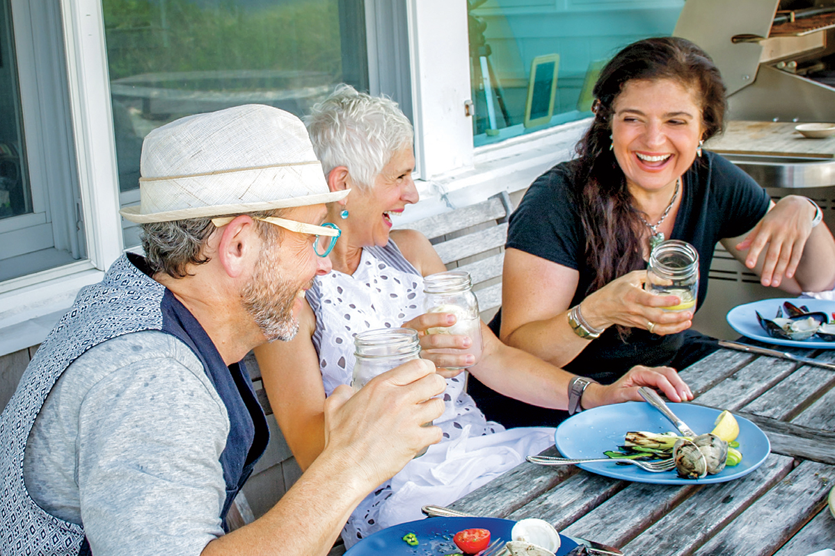 ALEX GUARNASCHELLI & CLAUDIA FLEMING PAIR UP FOR A CULINARY COOKOUT